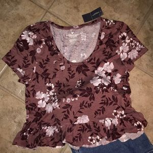 NWT! Floral American eagle top